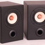 monitor-nr-4-royal-paar-front-weiss